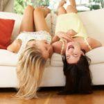 A nevetéstől könnyebben kifecsegjük a titkainkat?