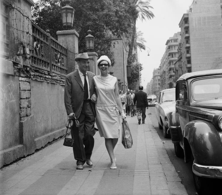 latabar-kalman-es-psota-iren-szinmuveszek-a-felvetel-az-egyiptomi-tortenet-cimu-film-forgatasa-alkalmaval-keszult-1962.jpg