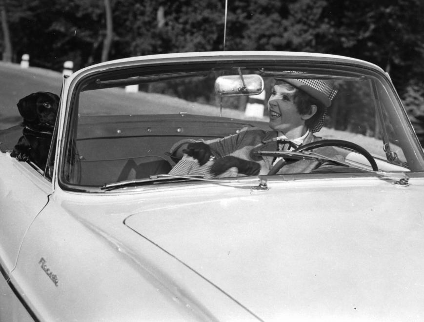 psota-iren-szinmuveszno-1963.jpg
