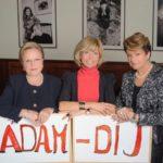 Ádám-díj – Rendhagyó kitüntetés férfiaknak