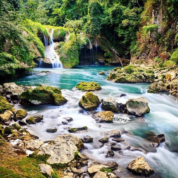 expertvagabond a guatemalai dzsungelben, a Semuc Champey Nemzeti Parkban járt.
