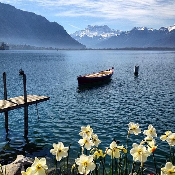 uncornered_market Svájcban, a Genfi-tó partját készítette ezt a képet.