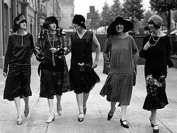 c00a00da87 Meghatározó momentumok a női divat történelméből   Nők Lapja