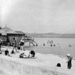 Így fürdőztünk és hajóztunk anno a Balatonon