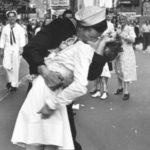 Csók a Times Squaren és még 5 ikonikus fotó a történelemből