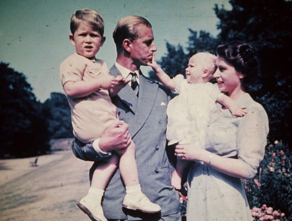 1477345107-1477326771-british-royal-family-1951.jpg