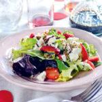 Epres, diós, kecskesajtos saláta, a vágyfokozó előétel