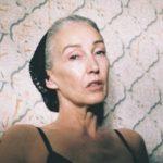 A kortalan nőiességet hirdeti az 56 éves fehérneműmodell
