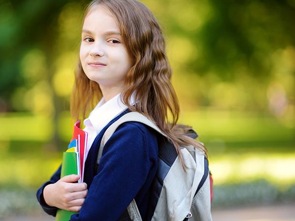 4f453c6e6c Biztonsági tippek arra az esetre, ha egyedül engedjük iskolába a gyereket