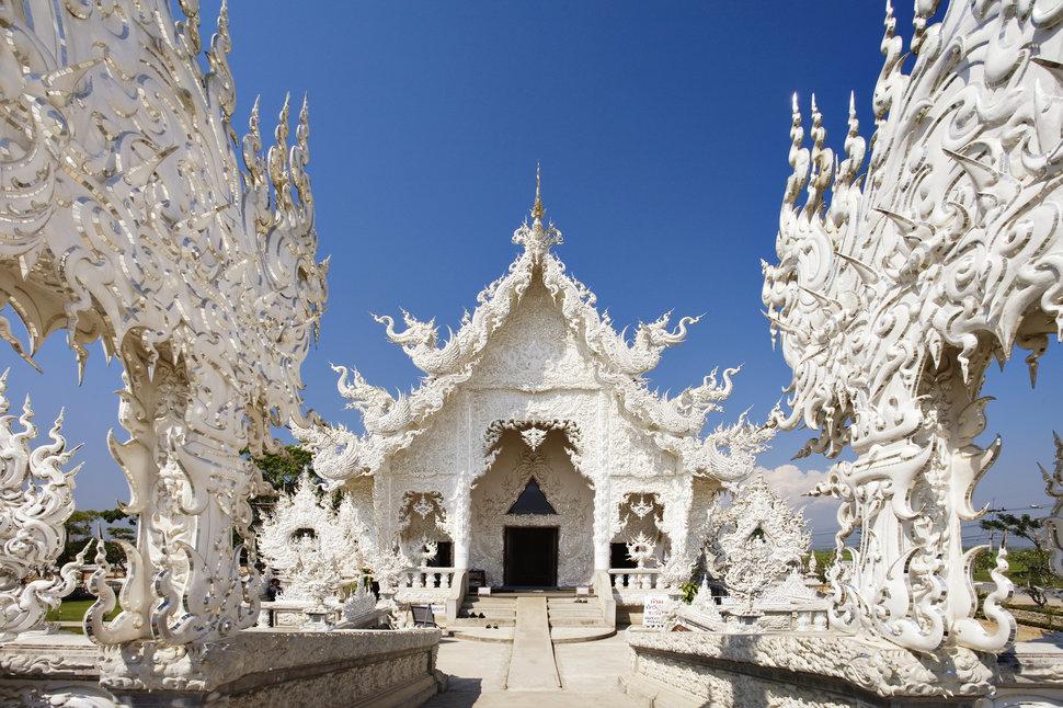 wat-rong-khun-chiang-rai-thailand