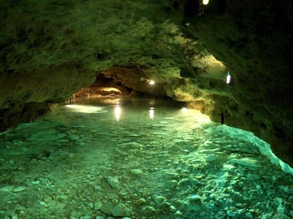 Idegenforgalom - Felújították a Tapolcai-tavasbarlangot