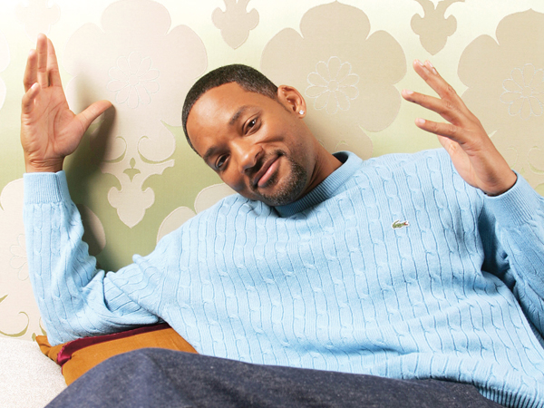 """NEW YORK - FEBRUARY 4:  (U.S. TABS OUT AND NO SALES TO A.M.I)  Actor Will Smith poses for a portrait during a press event promoting his movie """"Hitch"""" on February 4, 2005 in New York City.  (Photo by Todd Plitt/Getty Images)"""