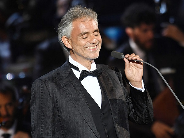 RHO, ITALY - MAY 25:  Andrea Bocelli performs at Bocelli and Zanetti Night on May 25, 2016 in Rho, Italy.  (Photo by Francesco Prandoni/Getty Images for Bocelli & Zanetti Night)