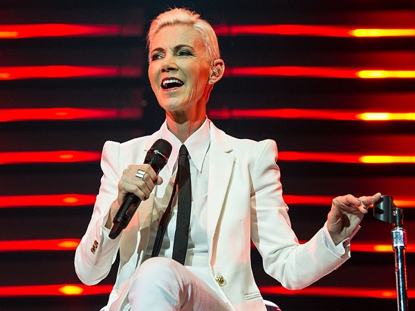 LONDON, ENGLAND - JULY 13:  Marie Fredriksson of Roxette performs at The O2 Arena on July 13, 2015 in London, England.  (Photo by Brian Rasic/WireImage)