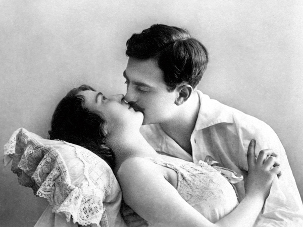 Couple, man kisses his lover, about 1910, Germany, Image: 471265423, License: Rights-managed, Restrictions: , Model Release: no, Credit line: our-planet.berlin / imageBROKER / Profimedia